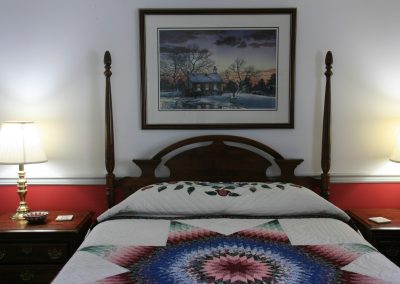 Lonestar Bed with Amish Quilt in Lancaster PA