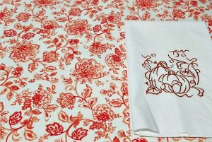 Carriage Corner's Fall Table Linens