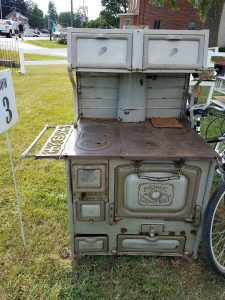 Vintage Finds available - yard art rather than landfil?