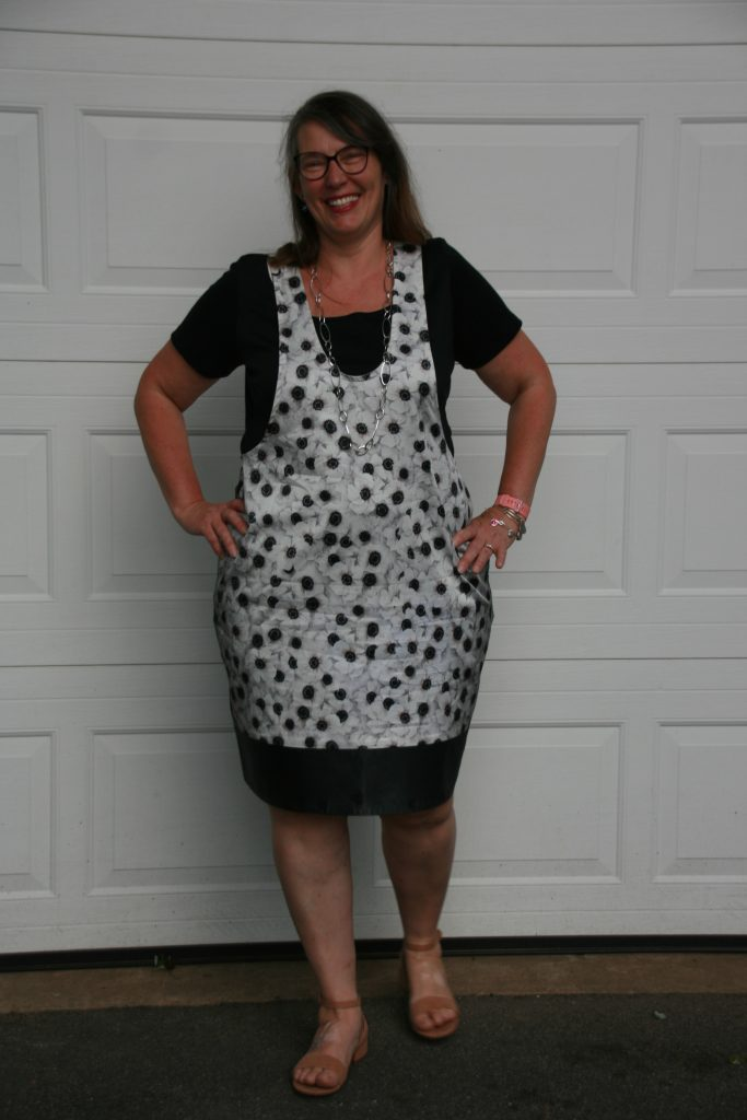 Gaylen wearing a York Pinafore made with her #CarriageCornerSewCamp Challenge Fabric